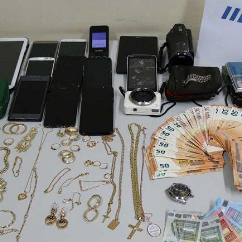 Coimbra: Polícia recupera ouro e dinheiro furtados do interior de casas