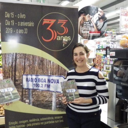 """Intermarché é ponto de venda do livro """"Dia 15"""" editado pela Rádio Boa Nova"""