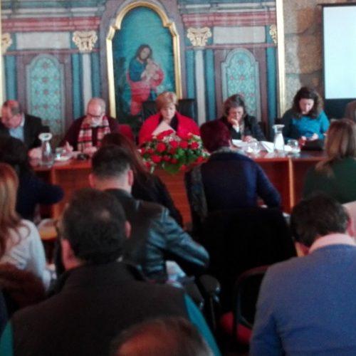 Debate da TVI24, IC6, relação com juntas de freguesia, 25 de abril e prospeção de minerais na Cordinha marcaram intervenções na Assembleia Municipal