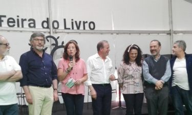 Feira do Livro abriu hoje as suas portas em Oliveira do Hospital (com vídeo)