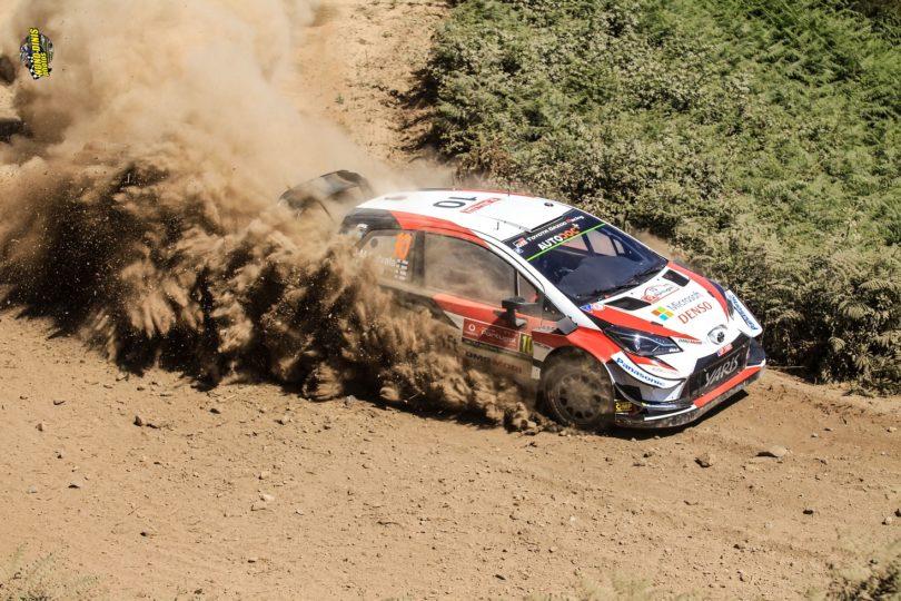 Rally de Portugal – Ott Tänak apertado por Meeke, mas continua na frente, agora com uma diferença de 4.3s após Amarante 2 e regresso a Matosinhos.