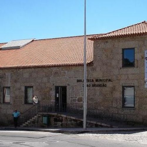 Descentralização e territórios de baixa densidade em discussão na Biblioteca Municipal de Tábua