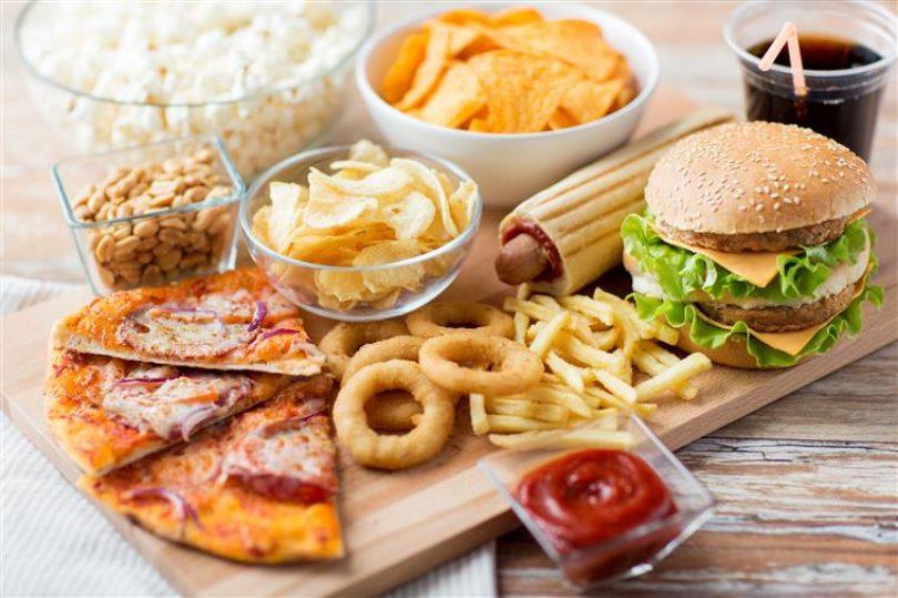 """ASAE instaurou 19 processos a operadores de """"Fast Food"""""""