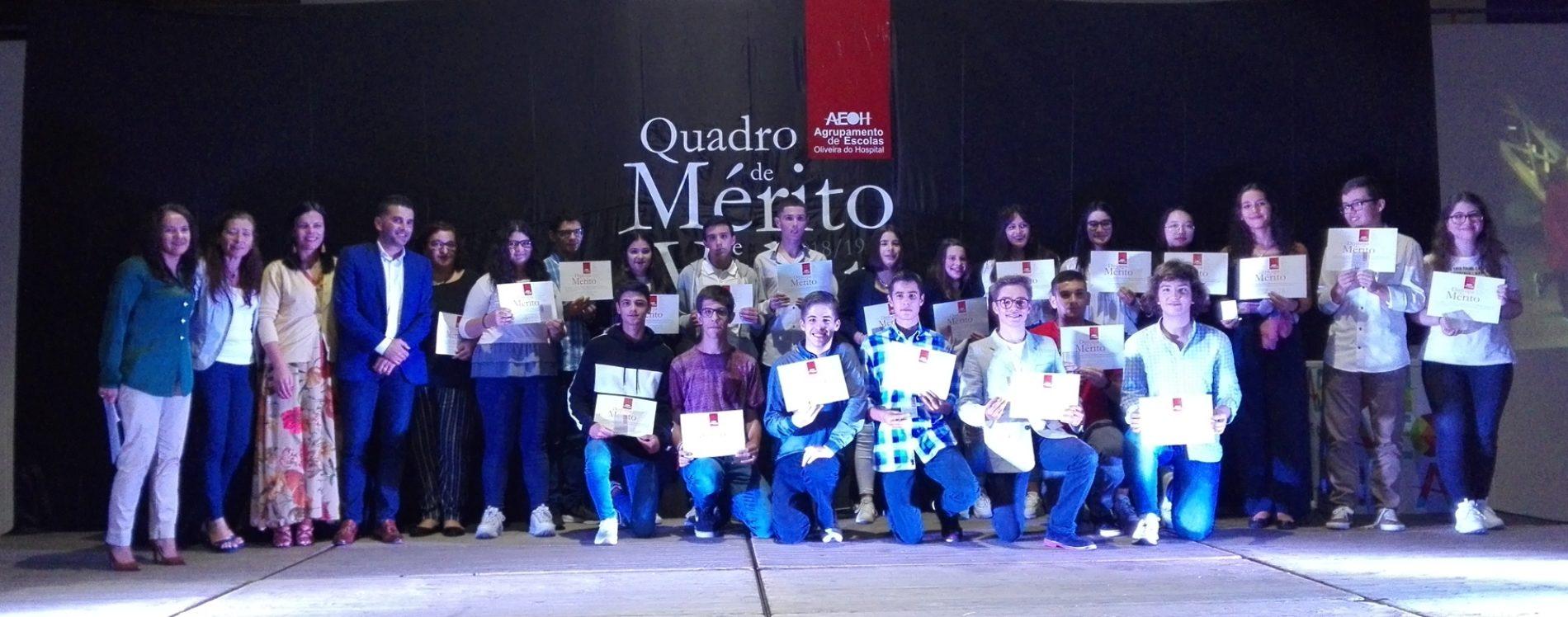 """Agrupamento de Escolas distinguiu 236 alunos em cerimónia de """"Quadro de Mérito e Valor"""" (com vídeo)"""