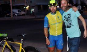 Rafael Gomes percorreu 738 quilómetros em 24 horas e 30 minutos em homenagem ao irmão