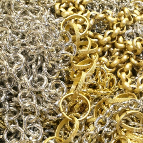 Furto na Lajeosa rendeu três mil euros em ouro e prata aos assaltantes