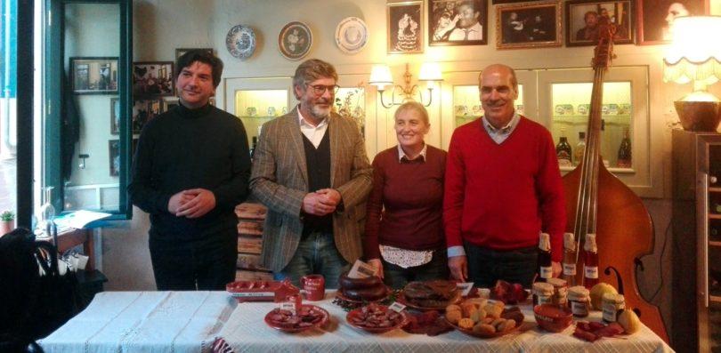 Meruge foi a Coimbra convidar a região para a 17ª Feira do Porco e do Enchido (com vídeo)