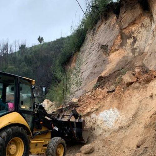 Deslizamento de terras obriga ao corte da EM 514 em Oliveira do Hospital
