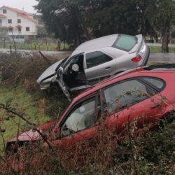 Acidente com duas viaturas causou três feridos em Gavinhos de Cima