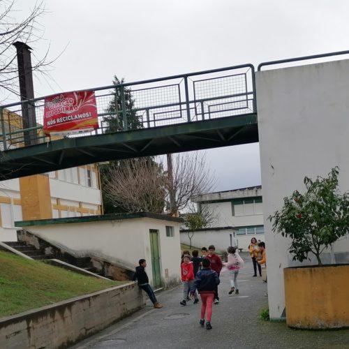 """Greve da Função Pública encerra Escolas da Ponte e Lagares da Beira. Cordinha fecha às 13h00. Escola Sede está no """"meio termo"""""""
