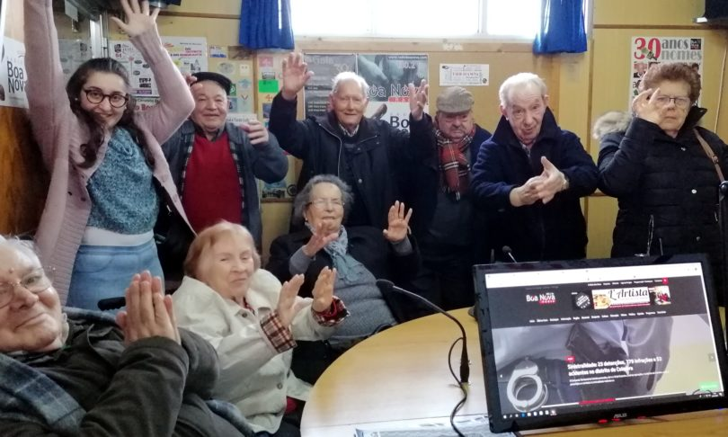Seniores da Residência Sant'Ana vieram à Boa Nova comemorar o Dia Mundial da Rádio