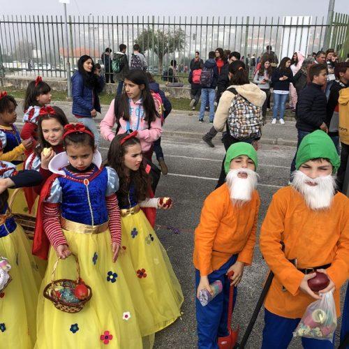 Mais de 1500 figurantes participam no desfile de Carnaval do Agrupamento de Escolas de Oliveira do Hospital