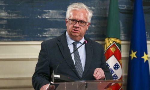 """27 Detenções por desobediência. Ministro lamenta """"comportamentos inaceitáveis"""""""