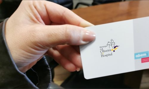 Município de Oliveira do Hospital entrega cartões de acesso a medicamentos comparticipados a cem por cento