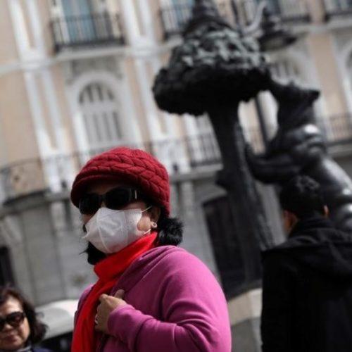 Mais 812 mortes em Espanha, número mais baixo do que o registado ontem. Supera os 7 mil mortos