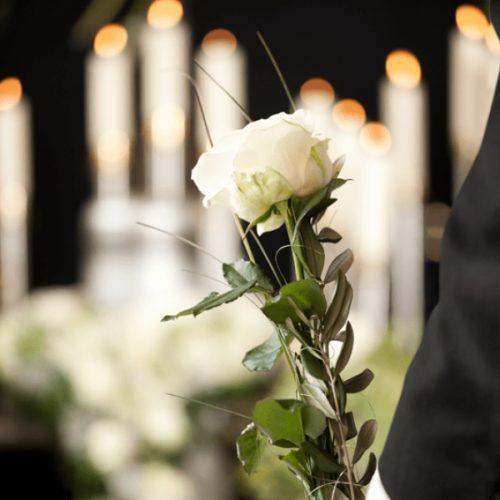 Oliveira do Hospital: Realização de funerais restrita à presença de dez familiares