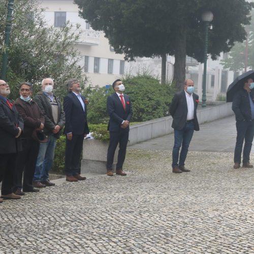 """25 de abril: """"Foi um ato meramente simbólico. Também quisemos homenagear todos aqueles que estão na frente desta grande luta"""" (com vídeo)"""