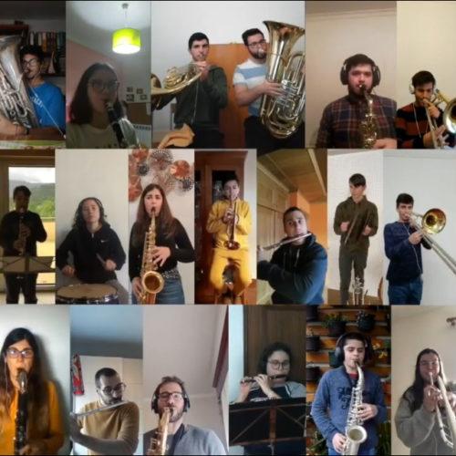 """Mais de 30 Músicos da Associação Filarmónica de Arganil surpreendem com """"Recordação de Arganil"""" a partir de casa"""