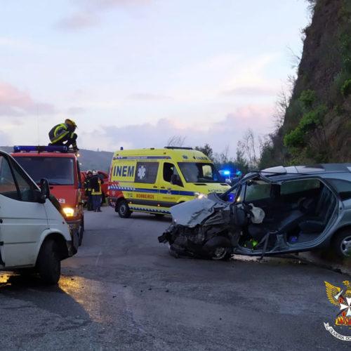 Acidente de viação provocou três feridos em Oliveira do Hospital