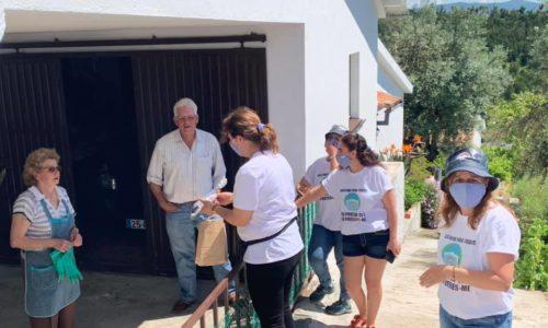 Lourosa: Voluntárias produziram e distribuíram 2 500 máscaras aos 600 habitantes da freguesia