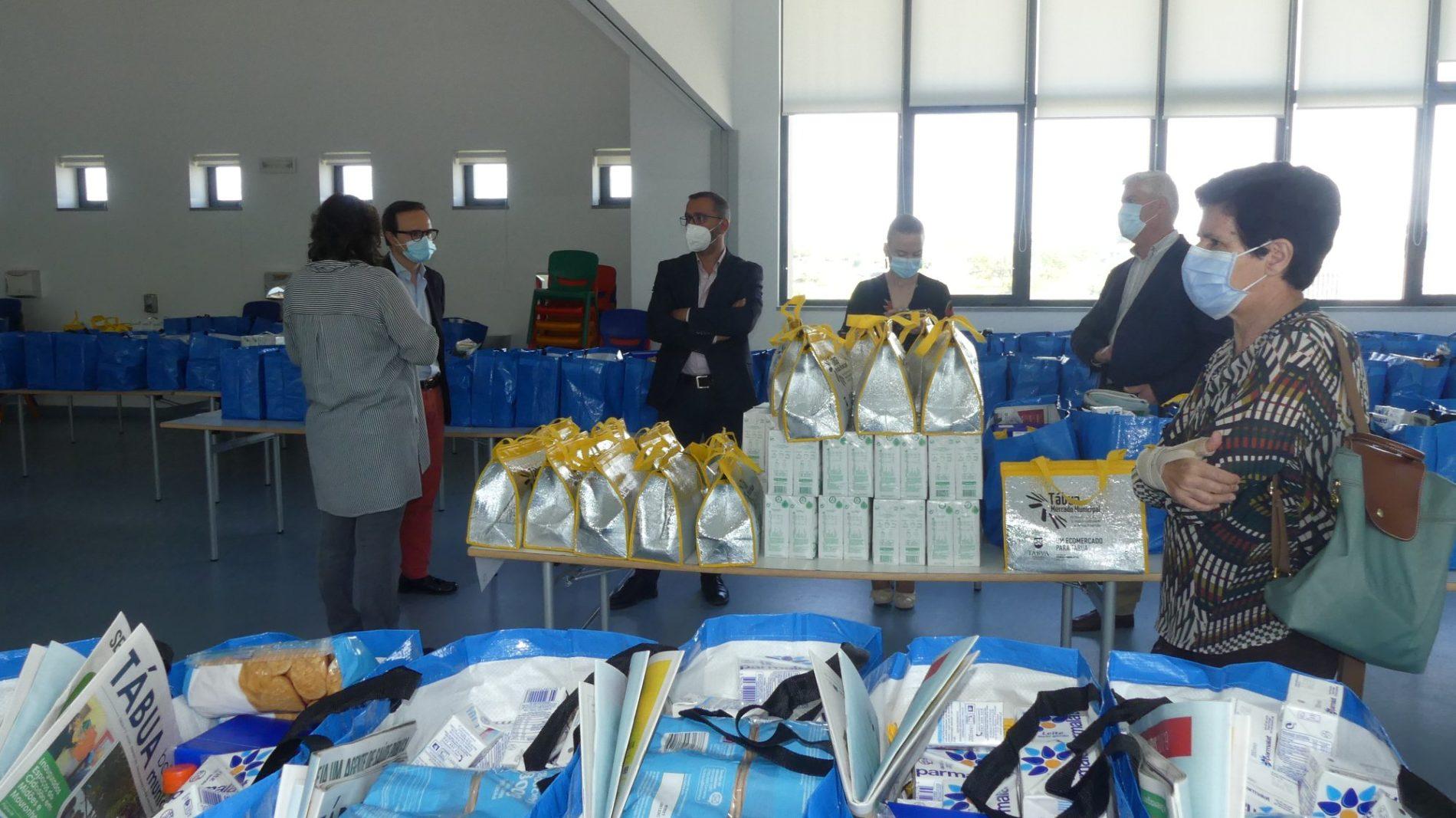 Município de Tábua distribui cabazes alimentares a 200 alunos do escalão A