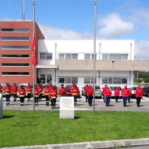 Bombeiros de Nelas comemoram hoje 100 anos da sua fundação