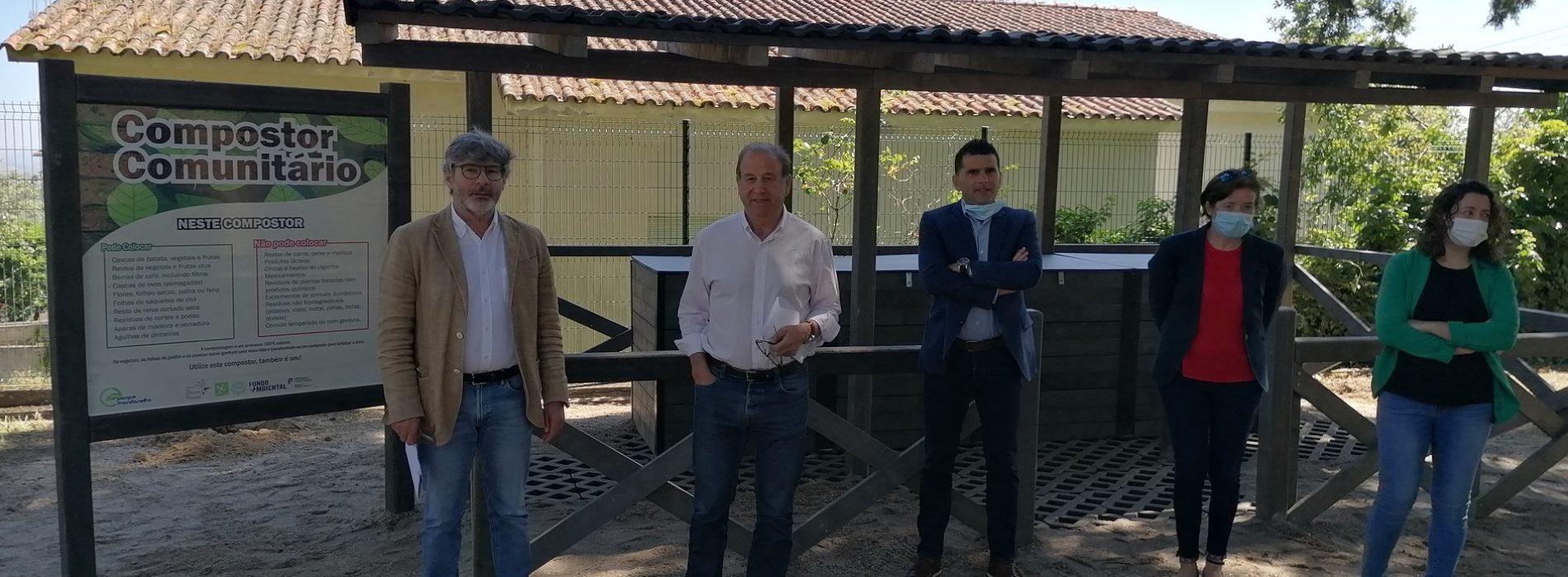 """Alexandrino apela à reciclagem no dia em que inaugura """"Compostor Comunitário"""". Promete aplicar coimas a quem deposite resíduos em matas (com vídeo)"""