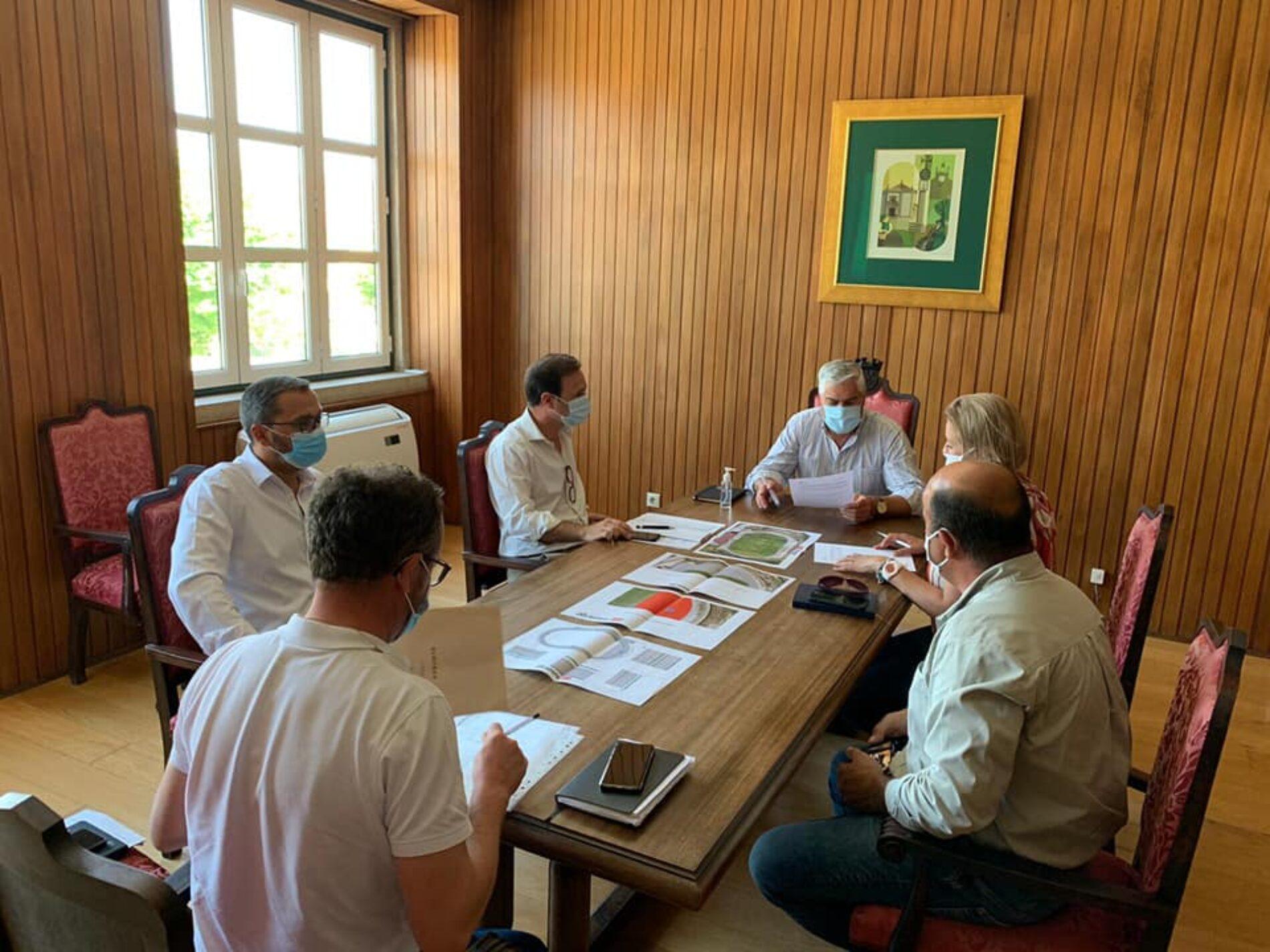 Tábua: Autarquia assina auto de consignação para Pista de Atletismo