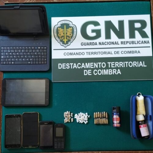 Região: Dois homens e uma mulher detidos por tráfico de estupefacientes