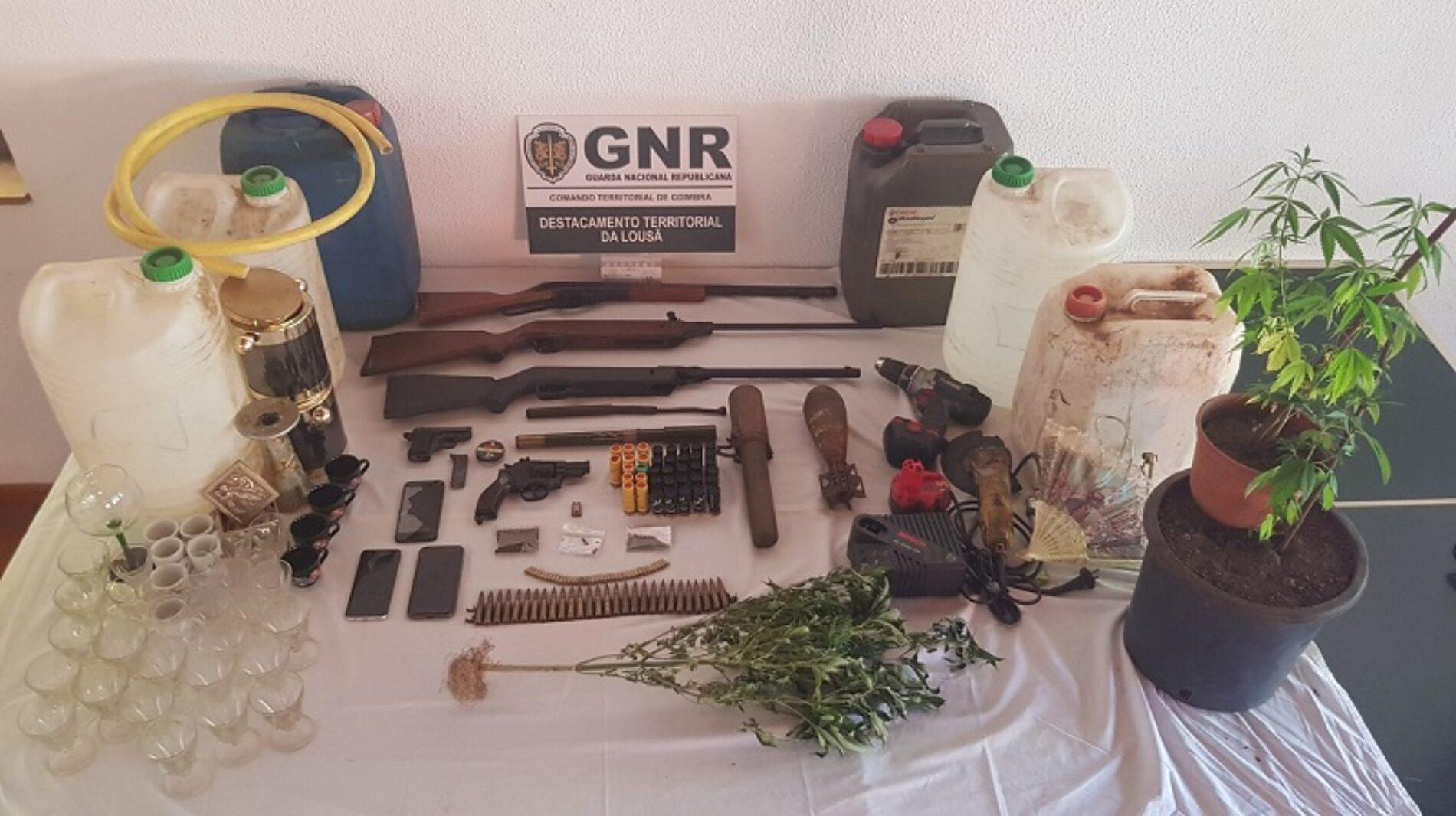 Região: GNR deteve dois homens por furtos em residências e armazéns
